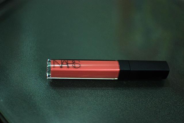 NARS x Andy Warhol - Larger Than Life Lipgloss in Viva tube