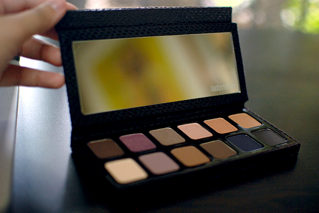 Laura Mercier Artist Palette - Open Box