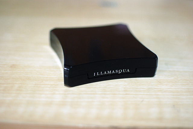 Illamasqua Duo Blusher - Lover and Hussy - Case