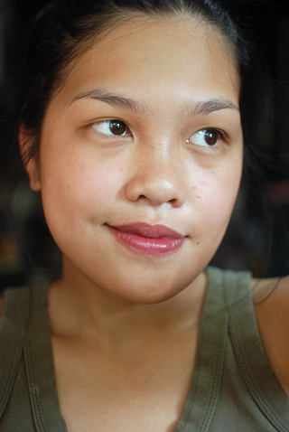Lavshuca - Dramatic Memory Rouge Lipstick - RS1 - Face