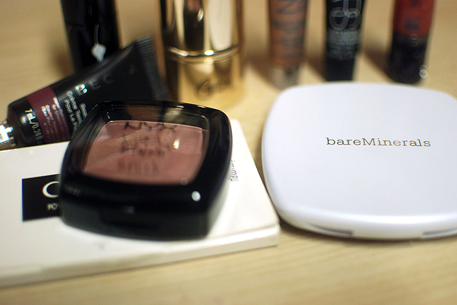Travel Post - NYX Gatsby bareMinerals