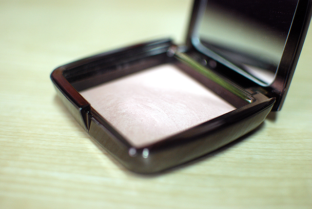 Hourglass - Ambient Lighting Powder - Mood Light