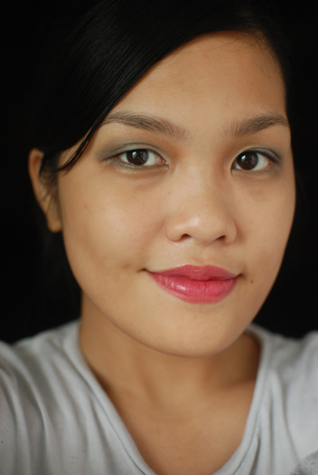 Eyes: Maybelline Eye Studio LuminEyes in Grey, Cheeks: NYX Raisin, Lipstick: NYX Spellbound, Face: Bourjois Healthy Mix Concealer