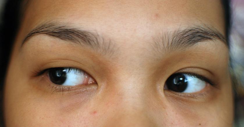 shu uemura tsuya eye concentrate - before
