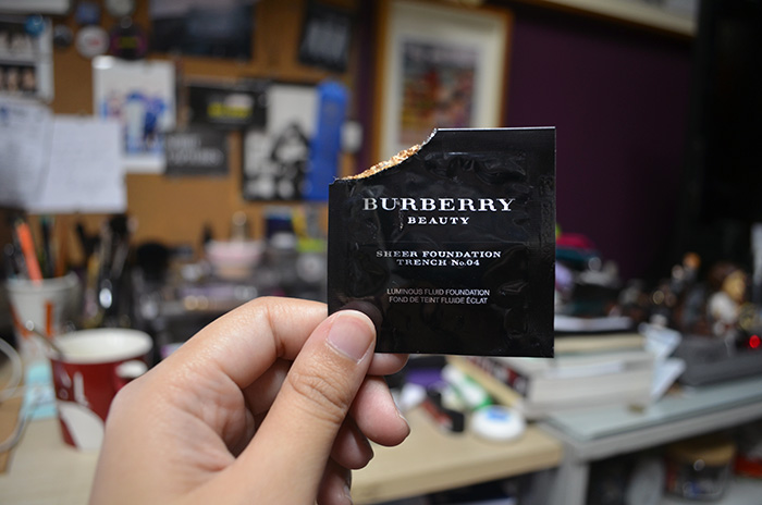 Burberry Sheer Foundation - Trench No 4 - Packet