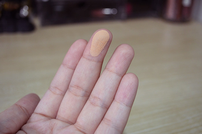 Maybelline Powder - Finger Swatch