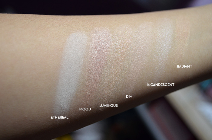 Hourglass Ambient Lighting Powder - Swatches 2