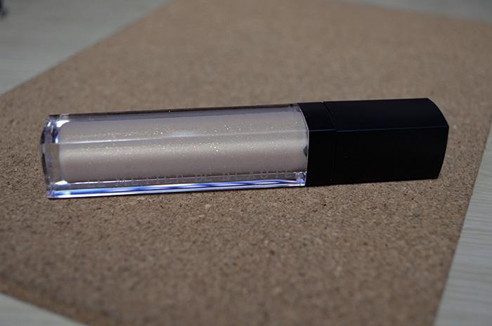 Le Metier de Beaute - Lip Creme - Creme de la Creme - Product