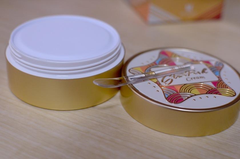 Mizon Starfish Cream - Spatula