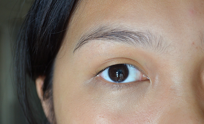 Happy Skin - Eye Need a Miracle - Artificial Light Eye
