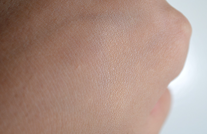 Happy Skin - Eye Need a Miracle - Sparkly Swatch