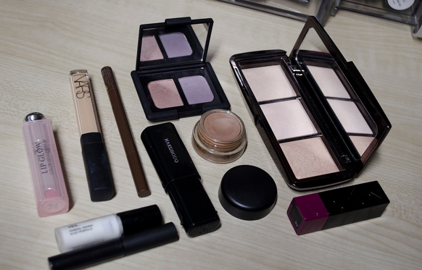 Streamlined Makeup
