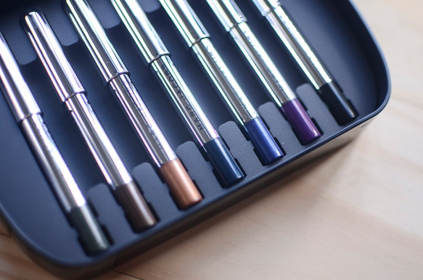 Marc Jacobs The Skyliner - Petites Highliner Collection - Colors
