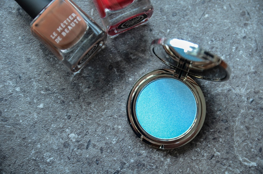LMdB March Unboxing - 2015 - VIP Powder Blue Eyeshadow Single
