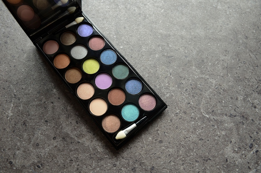 Le Métier de Beauté Beauty Vault VIP May 2015 - Sexy Eye Palette